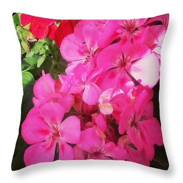Pretty! ❤ #flowers #nature #pink #red Throw Pillow