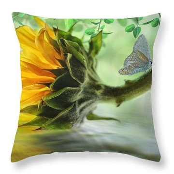 Pretty Sunflower Throw Pillow