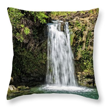Throw Pillow featuring the photograph Pua'a Ka'a Falls by Jim Thompson