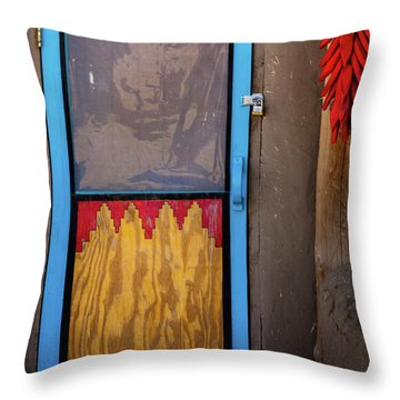 Puerta Con Chiles Throw Pillow