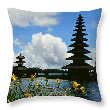 Puru Ulun Danau  Throw Pillow