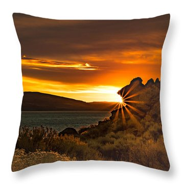 Pyramid Lake At Sunrise Throw Pillow