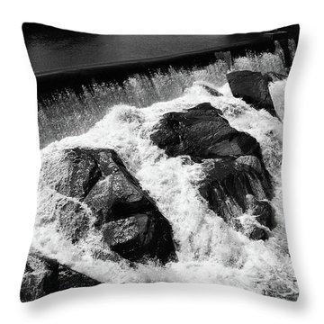 Throw Pillow featuring the photograph Quechee, Vermont - Falls 2 Bw by Frank Romeo