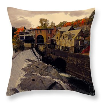 Quechee Vt Throw Pillow