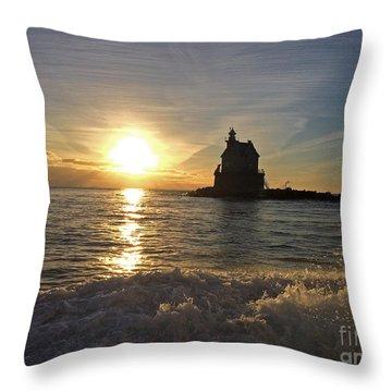 Race Rock Lighthouse, New York Throw Pillow