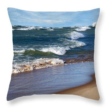Race To Shore Throw Pillow