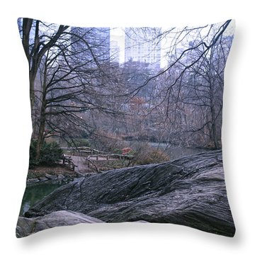 Rainy Day In Central Park Throw Pillow by Sandy Moulder