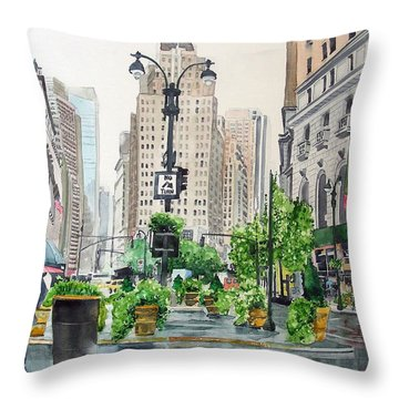Rainy Day In New York Throw Pillow by Tom Riggs