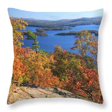 Rattlesnake Cliffs Squam Lake Throw Pillow