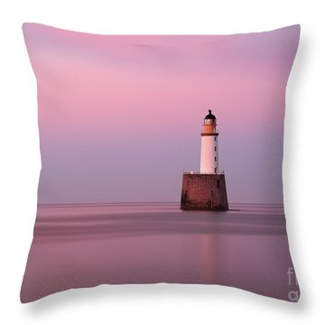 Rattray Head Lighthouse At Sunset - Pink Sunset Throw Pillow