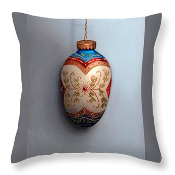 Red And Blue Filigree Egg Ornament Throw Pillow