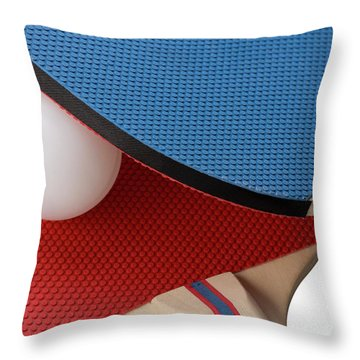 Red And Blue Ping Pong Paddles - Closeup Throw Pillow