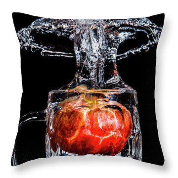 Throw Pillow featuring the photograph Red Apple Splash by Ray Shiu