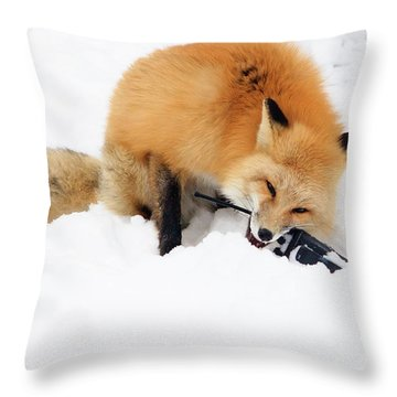 Red Fox To Base Throw Pillow