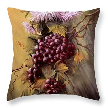 Red Grapes And Flowers Throw Pillow