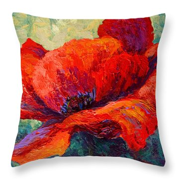 Red Poppy IIi Throw Pillow