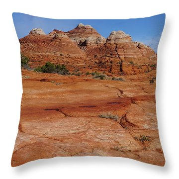 Red Rock Buttes Throw Pillow