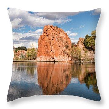 Red Rock Canyon Reservoir Throw Pillow