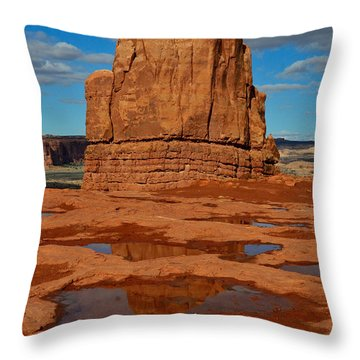 Red Rock Reflection Throw Pillow