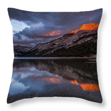 Red Sunset At Tenaya Throw Pillow