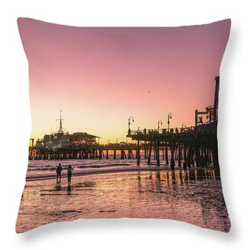 Red Sunset In Santa Monica Throw Pillow