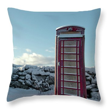 Red Telephone Box In The Snow IIi Throw Pillow