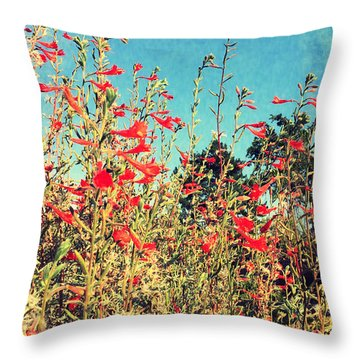 Red Trumpets Playing Throw Pillow