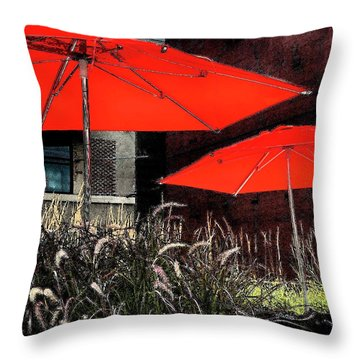 Red Umbrellas In Chicag Throw Pillow