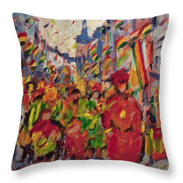Red Yellow Green There They Come Vreug En Neugter Throw Pillow