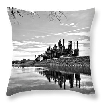 Reflection On The Lehigh Throw Pillow