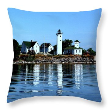 Reflections At Tibbetts Point Lighthouse Throw Pillow