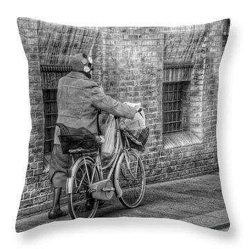 Reggio Throw Pillow