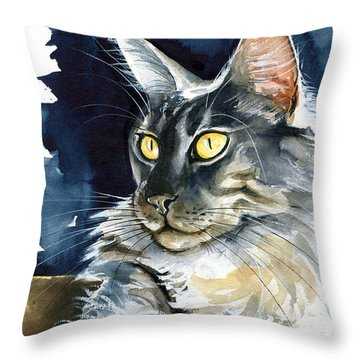 Regina - Maine Coon Painting Throw Pillow
