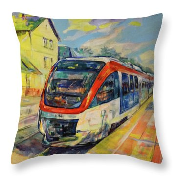 Regiobahn Mettmann Throw Pillow