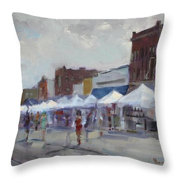 Rein And Sun At Canal Fest In North Tonawanda Throw Pillow