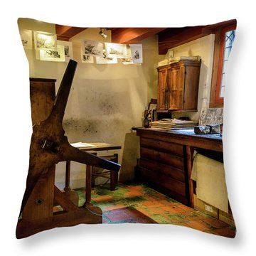 Throw Pillow featuring the photograph Rembrandt's Former Graphic Workshop In Amsterdam by RicardMN Photography