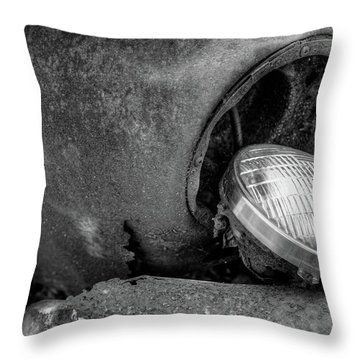 Resting Headlight Of Rusty Car Throw Pillow