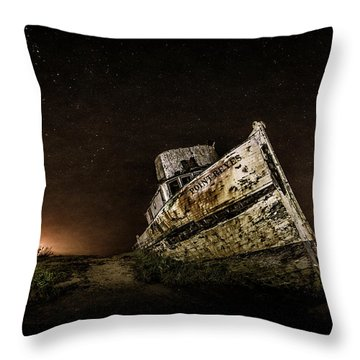 Throw Pillow featuring the photograph Reyes Shipwreck by Everet Regal