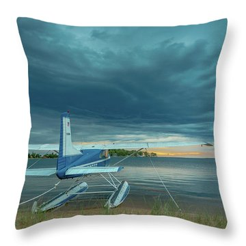 Riding The Storm Out Throw Pillow