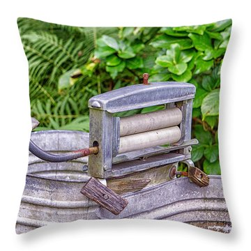 Ringer Wsher Throw Pillow