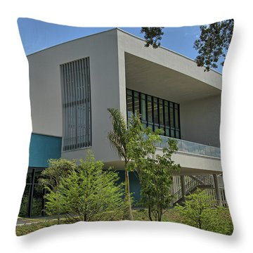 Throw Pillow featuring the photograph Ringling College Of Art And Design Library - Image 1 by Richard Goldman