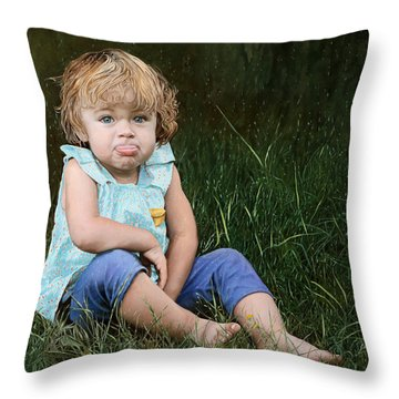 Ritratto Di Bimba Throw Pillow