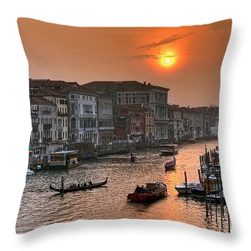 Riva Del Ferro. Venezia Throw Pillow