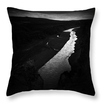 River In The Dark In Iceland Throw Pillow
