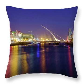 River Liffey In Dublin At Dusk Throw Pillow