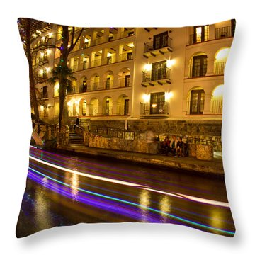 La Mansion Del Rio Riverwalk Christmas Throw Pillow