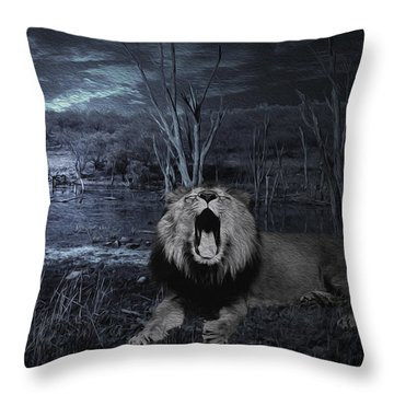 Roar Of The Asiatic Lion  Throw Pillow