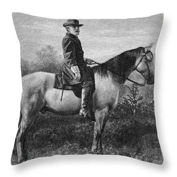 Robert E Lee On His Horse Traveler Throw Pillow