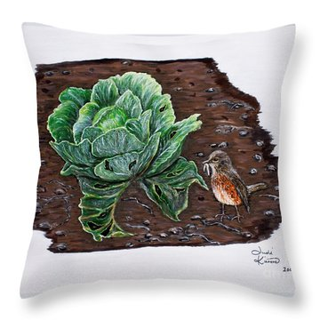 Robin In The Gardin Throw Pillow