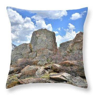 Rock Cropping At Big Horn Pass Throw Pillow